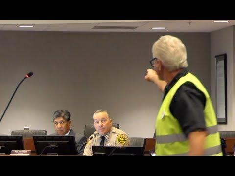 YELLOW VESTED AMERICAN TELLS OFF PRO ILLEGAL ALIEN LA COUNTY SHERIFF ALEX VILLANUEVA