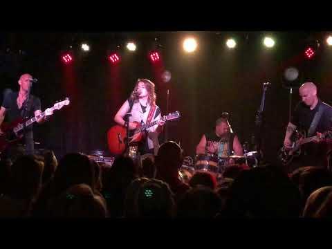 Sugartooth - Brandi Carlile (Live at The Basement East in Nashville, TN - 12/1/2017)