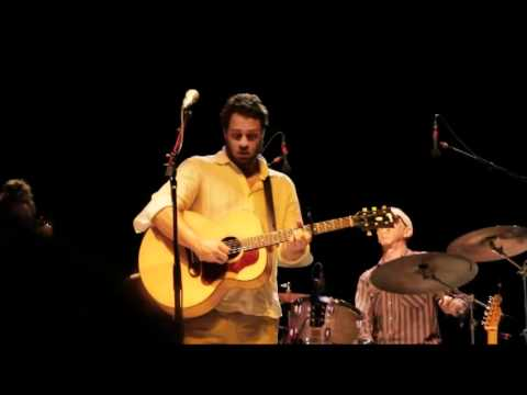 Amos Lee - Learned A Lot 7.17.11