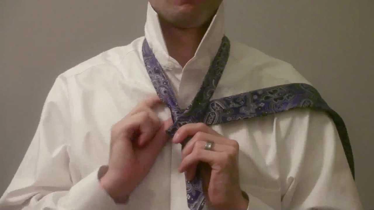 How To Tie A Windsor Knot (original)