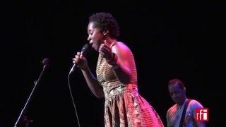 "LIVE - ""Di mi ku bo"", par Elida Almeida à l"