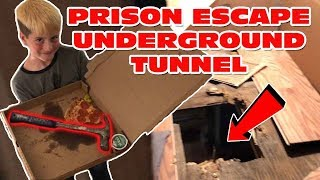 24 HOUR BOX FORT PRISON TUNNELING OUT ESCAPE! 📦 🚔 Prison Pizza Delivery With Hammer