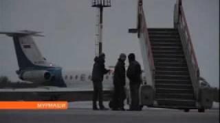 Самолет с треснувшим стеклом улетел на ремонт в Москву(, 2011-04-21T10:13:57.000Z)
