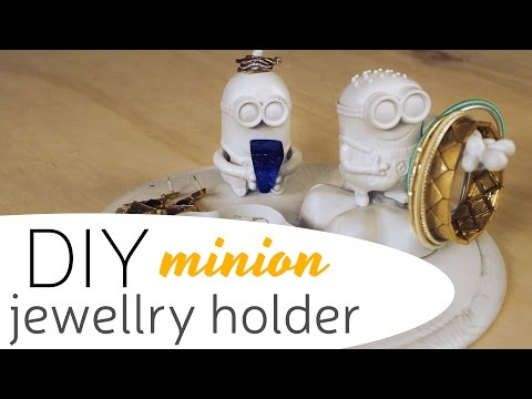 DIY: Minion Jewellery Holder | Creativewithlove.com