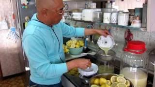 ハゲ爺・・レモン毎日1個を20年間、食べ続けた爺です
