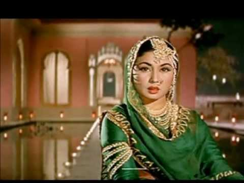 Pakeezah - A Monumental Song Studded Indian Movie !!!, Meena Kumari at her best
