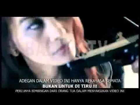 Semata Wayang Ayu Stiati feat 4WD