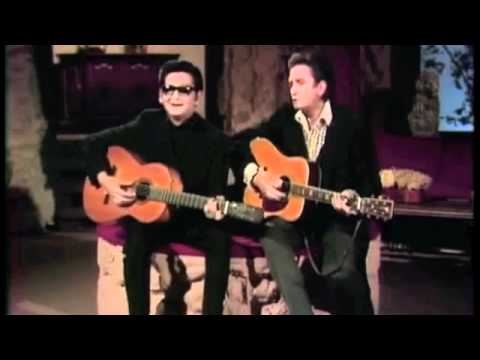 "Roy Orbison & Johnny Cash: ""Oh, Pretty Woman"" Live on The Johnny Cash Show 1969"