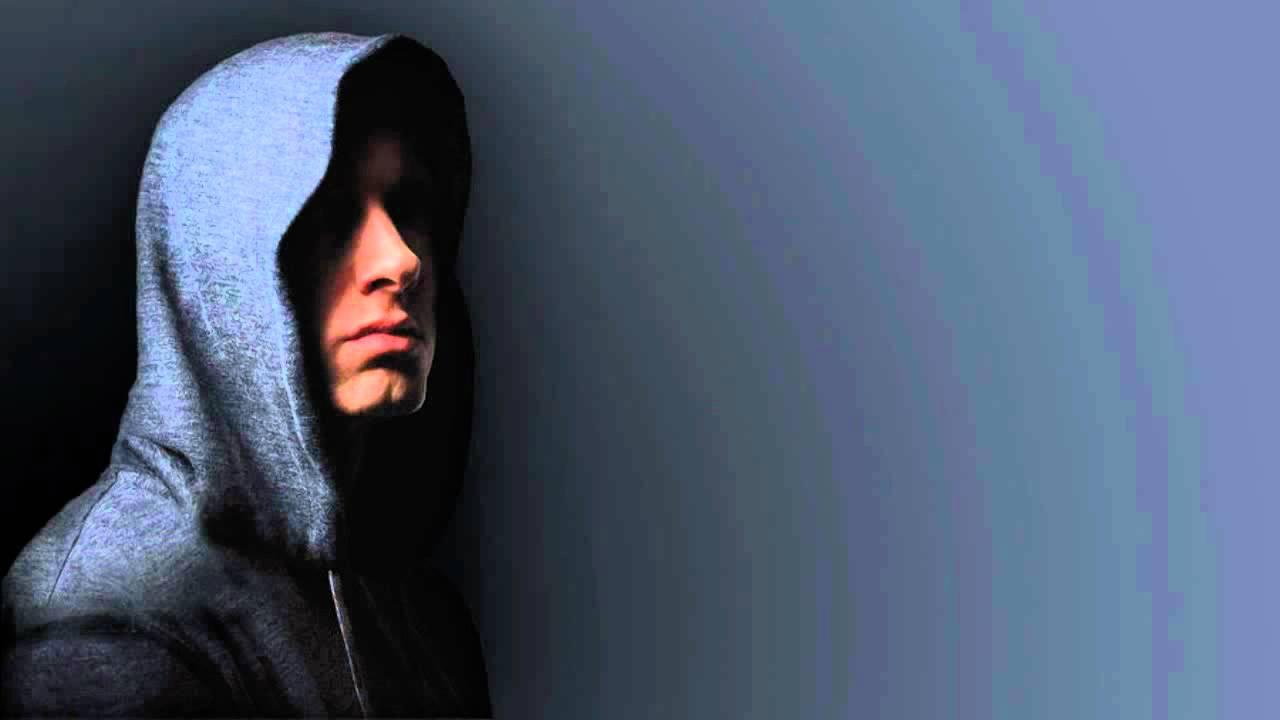 Lloyd Banks- Celebrity feat. Akon and Eminem - YouTube