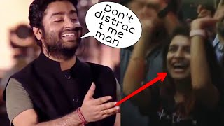 """Arijit singh says """"Don't distract me"""" to his Fan😍❤❤ Amazing Moment👌❤"""