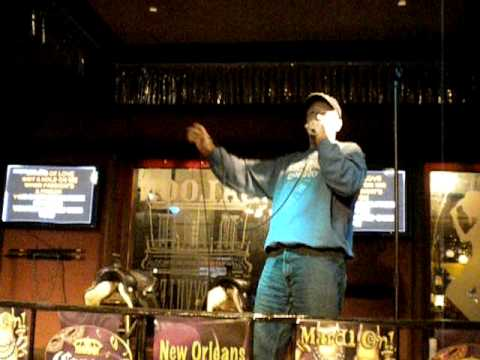 Alex Cone Karaoke-3