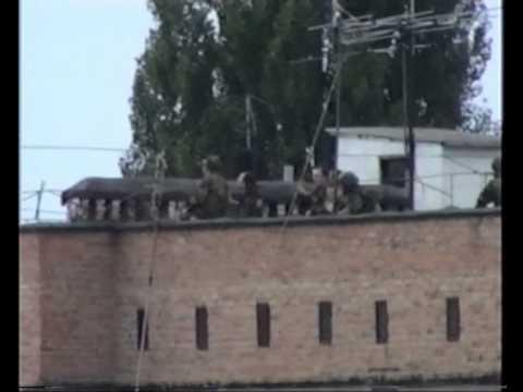Беслан. Любительская съёмка / Beslan. Amateur video. Sep-03, 2004