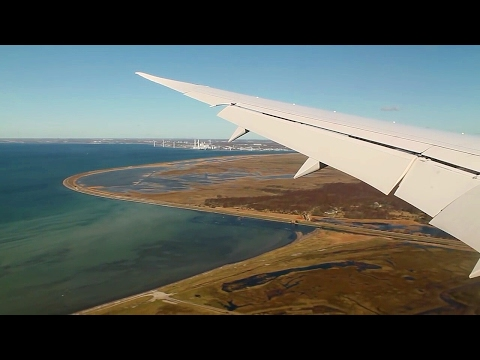 Air Canada 787-8 Dreamliner Toronto-Copenhagen Safety, Takeoff, Inflight, Landing, AC882
