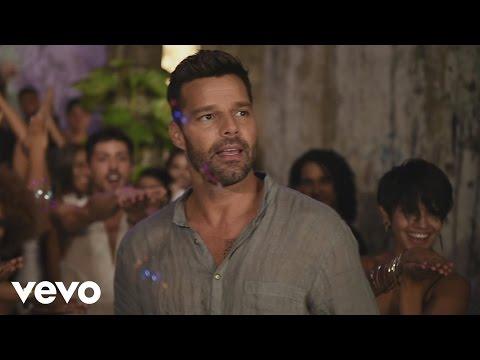 Ricky Martin  La Mordidita  Behind the Scenes ft Yotuel