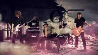 Repeat youtube video Shaka Ponk - Run Run Run [OFFICIAL VIDEOCLIP]