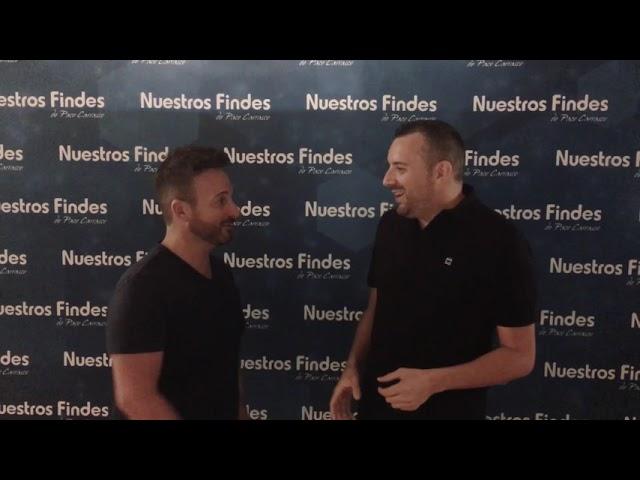 David Carrasco charla con Toni Torres antes de la actuación de esta noche con Nuestros Findes