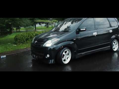Static Toyota Avanza Angga's // Stance Indonesia car