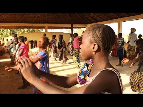360° video: a dance class in Mali