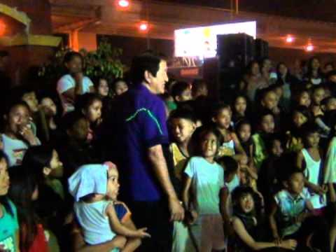 Roilo Golez with folks of Estrada Compound, BF 19 March 2012