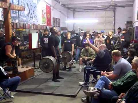 Derek Watson 705 Raw Deadlift - YouTube