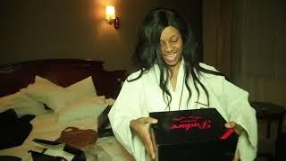 Nandy Asherekea Zawadi Yake Ya Birthday Na Dada Yake Na Make Up Artist Wake.