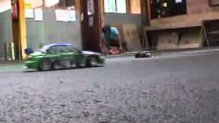 видео Как много можно сказать по дыму из выхлопной трубы вашего авто?
