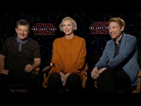 Download Youtube: STAR WARS: THE LAST JEDI Interviews: Supreme Leader Snoke, Captain Phasma & General Hux