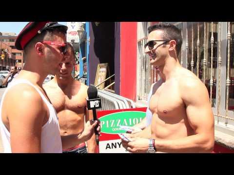 MTV FORA FASHION POLICE: Andrew Edwards Does Pride!