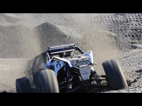 AXIAL YETI XXL RUNNING - 12 cells of power! 6s+6s Overpowered in Action