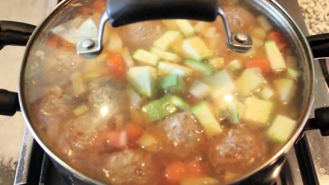 Caldo de albondigas light recta f cil y r pida youtube - Albondigas con verduras ...