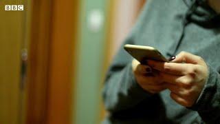 ロックダウン中のDV被害者、どう助ける? 手話や暗号