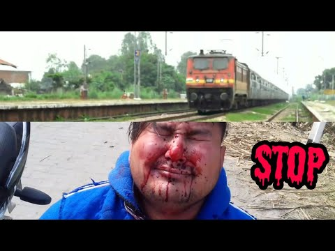 Railway crossing   please do not cross railway line too early   indian railway   3aps ki vines