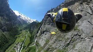 360 VIDEO // Wingsuit BASE in the Swiss Alps