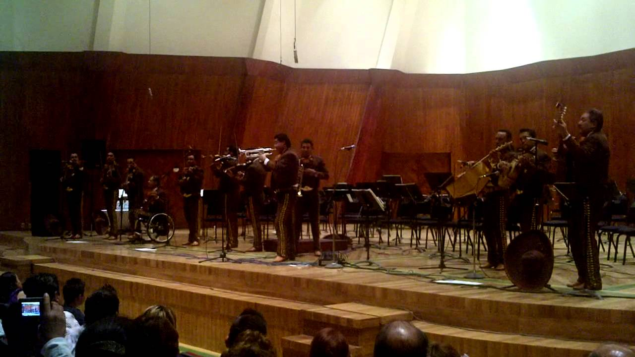 Mariachi 2000 sinfonico 23 popurri los beatles ollin for Sala ollin yoliztli
