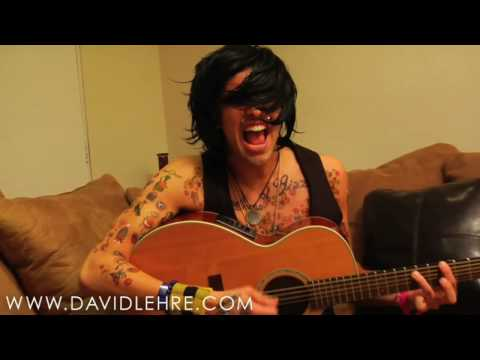 Trace Cyrus from Metro Station answers  questions!