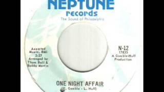Play One Night Affair