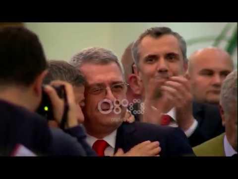 Ora News - Armand Duka sërish president i Federatës Shqiptare të Futbollit