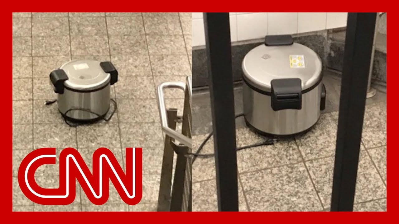 CNN:NYC transit hub evacuated after 3 rice cookers found