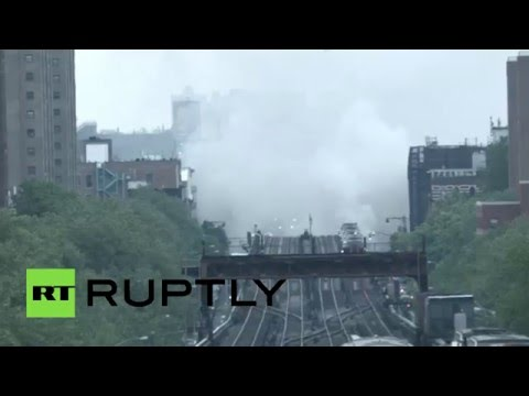 RAW: Huge fire disrupts metro service in New York