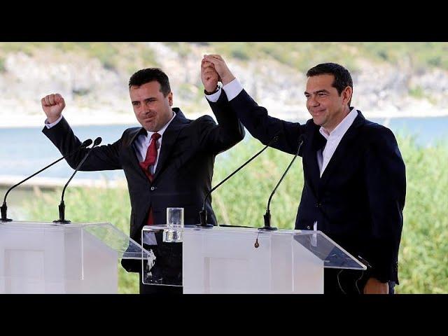<span class='as_h2'><a href='https://webtv.eklogika.gr/ypegrafi-i-istoriki-symfonia-athinas-skopion-3' target='_blank' title='Υπεγράφη η ιστορική συμφωνία Αθήνας- Σκοπίων'>Υπεγράφη η ιστορική συμφωνία Αθήνας- Σκοπίων</a></span>