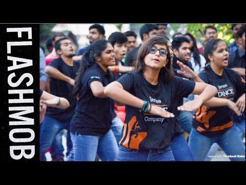 Kids Mass Flashmob For Mersal Song At Phoenix Mall