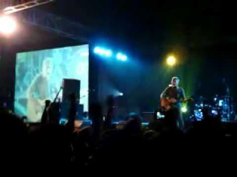 Iwan Fals - Panggilan dari Gunung (Live in Dome UMM Malang)