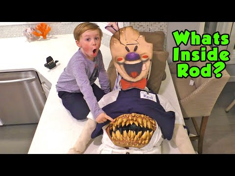 What's Inside The Ice Scream Scary Ice Cream Man - We Cut Open Rod And Save Chunky Charlie