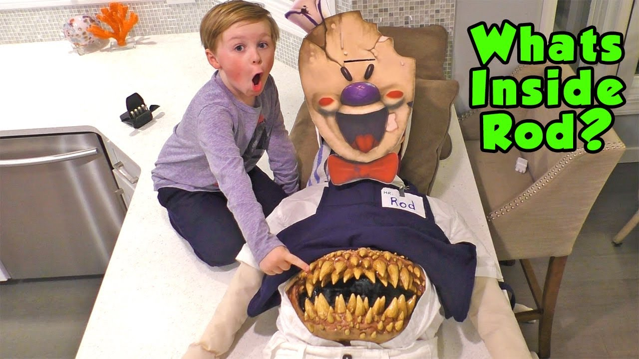Download What's Inside the Ice Scream Scary Ice Cream Man - We Cut Open Rod and Save Chunky Charlie