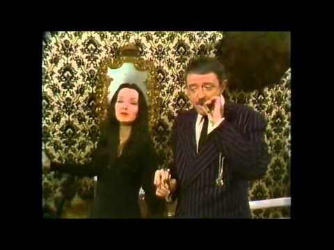 halloween-with-the-new-addams-family-1977-hd