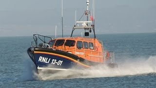 Shannon Class Lifeboat Trials at Dungeness