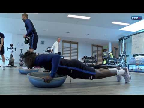 Gainage, proprioception et renforcement pour les Bleus