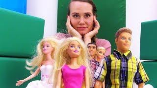 Кевин и Барби идут в кино. Видео для девочек