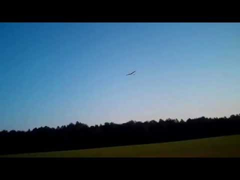 DLG flying at daylight. Ivue Pro 1080P video sunglasses