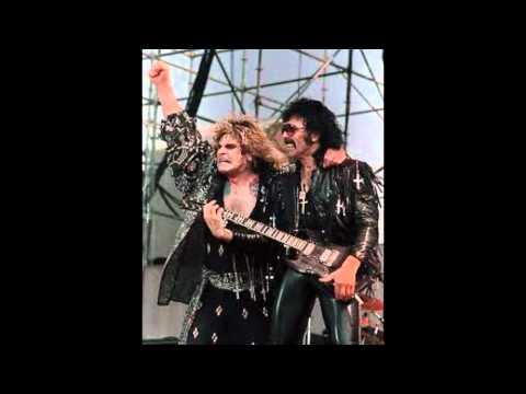 Black Sabbath: Snowblind (Lyrics)